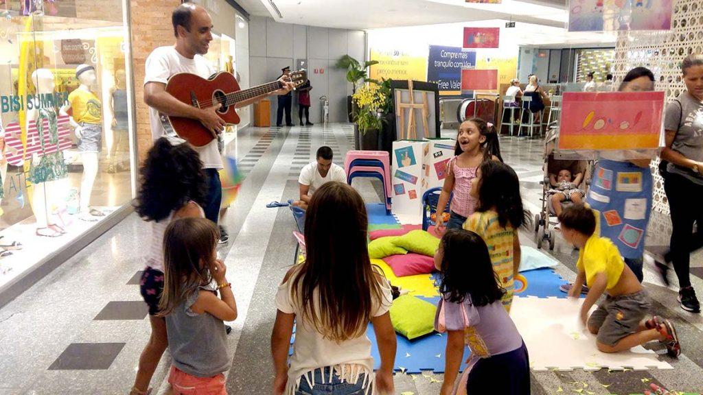 Férias e diversão musicalização