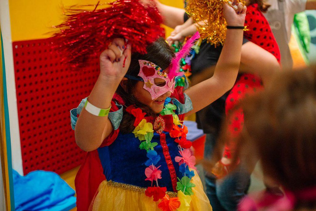 brilho do carnaval menina