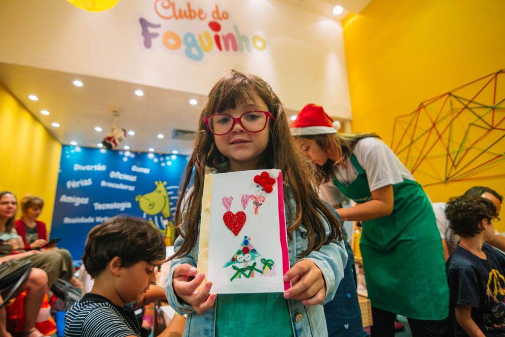 criatividade e alegria cartao menina