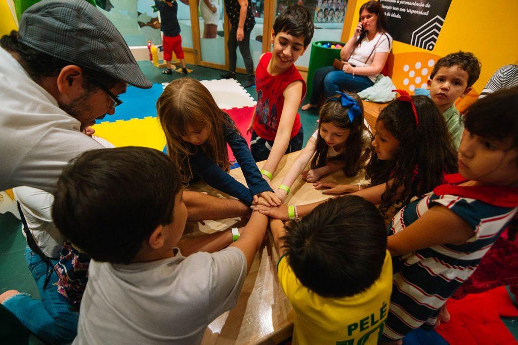 criatividade e alegria crianças